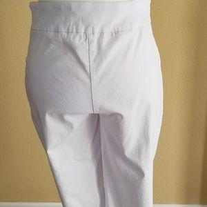 Dana Buchman Pants - Dana Buchman White Pants Medium Short